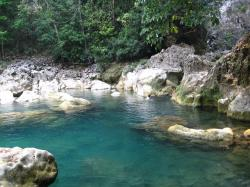 Blue Creek Cave Blue Creek | blue-creek-cave-belize-pools_ctl_08 | The pools just outside… | Flickr
