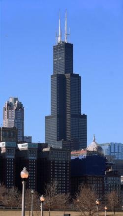 Buckingham Fountain Chicago | Willis Tower in Chicago Prepares for a $500M Face-Lift | Peoria ...