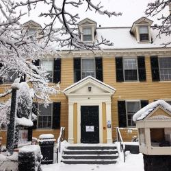 Cambridge Office for Tourism Information Booth Boston   Ahh the Brattle House so pretty in the snow yet such a pain to ...