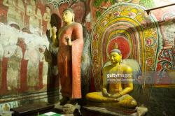 Cave I (Devaraja Viharaya) Dambulla | Ancient Murals And Statues In Cave 1 Devaraja Viharaya Temple Of ...