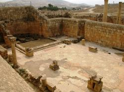 Umayyad Houses Jerash | Christian Presence – Jordan Private Tours & Travel