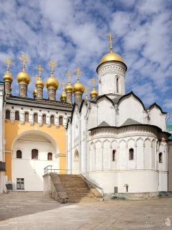 Church of the Deposition of the Virgin's Robe Moscow | Church of the Deposition of the Robe, Moscow, Russia ...