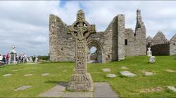 Clonmacnoise County Offaly | Clonmacnoise Monastic Site - Athlone - County Offaly - Ireland ...