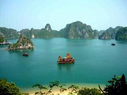 Van Don Island Halong Bay and North-Central Vietnam | Local Tours Vietnam Local Tours Vietnam Stay as Local & Play as Local