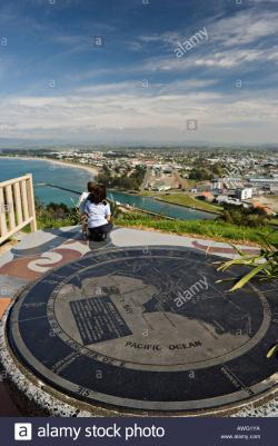 Cook's Plaza Gisborne | View over Poverty Bay and Gisborne from the James Cook Plaza Stock ...