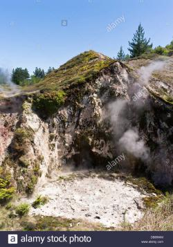Craters of the Moon Taupo | dh Craters of the Moon TAUPO NEW ZEALAND Geothermal Walk thermal ...