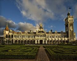Art Station Dunedin | Dunedin Railway Station | Constructed in 1903 in an eclectic… | Flickr