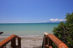Seifried Ruby Coast & Moutere Hills | Absolute Beachfront - Nelson Bays area, New Zealand - Home Exchange