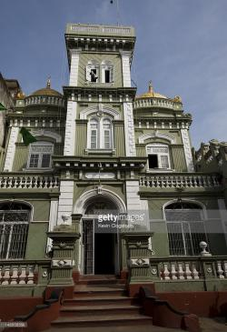 Grand Mosque Colombo | Facade Of Grand Mosque Messenger Street Colombo 11 Stock Photo ...