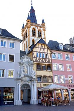 Haus Heuport Franconia and the German Danube | 1150 best GERMANY images on Pinterest | Europe, Travel and ...