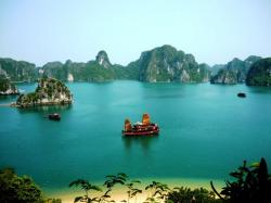 Heritage Line Halong Bay and North-Central Vietnam | Vietnam & Cambodia World Heritage Tour in 16 days