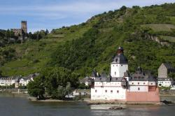 Schillerplatz The Pfalz and Rhine Terrace   The Rhine River: Raging with History by Rick Steves