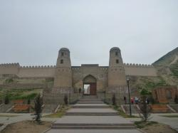 Hissar Fort Dushanbe | Backpacking in Tajikistan: Touring Hisor Fort, Top 5 Sights - Don ...