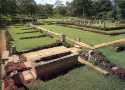 Hospital Mihintale | Ancient hospital with stone medicine bath - built in 3rd century ...