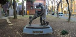 Ikebukuro Earthquake Hall Tokyo | Hachiko reunited with his master : A photo story of the new statue ...