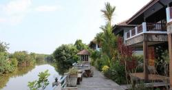 Indoor Market Trat   Trat Hotels and Guesthouses - Prices and Booking