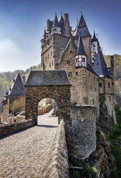 Kaiserpfalz The Fairy-Tale Road | 44 best Travel - Germanic images on Pinterest | Travel, Beautiful ...