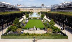 Le 104 Paris | The Palais Royal, a place of charm and culture