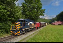 Linville Falls The North Carolina Mountains | RailPictures.Net Photo: 1755 Great Smoky Mountains Railroad EMD ...