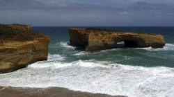 London Bridge Port Campbell to Warrnambool | Day 10: Port Fairy to Port Campbell - Touring around Australia ...