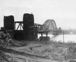 Ludendorff Bridge and Friedenmuseum (Peace Museum) The Rhineland | rdm actual view and location//The Ludendorff Bridge at Remagen ...