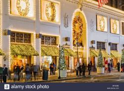 Madame Tussauds New York New York City | New York City. Lord & Taylor department store decorated for ...