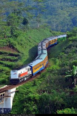 Mahendra Park The Northern & Western Valley | 32 best Passanger Trains & Trams images on Pinterest | Trains ...