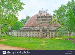 Mihintale Museum Mihintale | The replica of the Great Indian Sanchi Stupa, located in Mihintale ...
