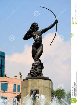 Monumento a Los Niños Héroes Mexico City | La Diana Cazadora (Diana The Huntress) Stock Photo - Image: 54398589