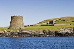 Mousa Broch Orkney and Shetland Islands | Mousa Broch on AboutBritain.com