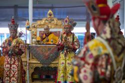 Namgyal Monastery Bodhgaya | Tibetan gather to pray, use internet and social media to defy ...