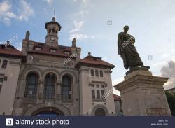 National History & Archaeological Museum Constanţa | Ovid statue, Ovid Square, History and Archaeological Museum Stock ...