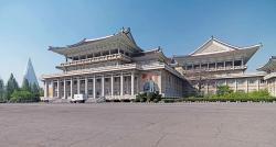 People's Palace of Culture Pyongyang | Visiting North Korea Slideshow | PLANET°