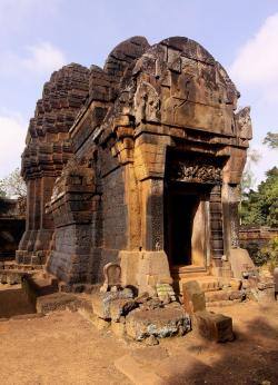 Prasat Kuha Nokor Kompong Thom Province | 740 best Ancient Temples images on Pinterest | Cambodia, Temples ...