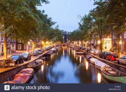 Reguliersgracht Amsterdam | Reguliersgracht Canal at night in the historic centre of Amsterdam ...