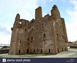 Scalloway Castle Orkney and Shetland Islands | Scalloway Castle, in the Scottish Shetland Islands, on a winter ...