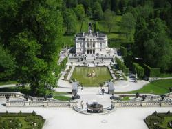 Schloss Linderhof The Bavarian Alps | Roecken's Travels - Linderhof Castle (Bavarian Alps)