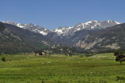 Sprague Lake Rocky Mountain National Park | 7 Only-in-Colorado Places to Stay | Colorado.com