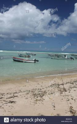 Store Bay Crown Point | Store Bay ; Crown point, Tobago 2008; boats on the beach nearby ...