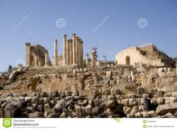 Temple of Zeus Jerash | Temple Of Zeus, Jerash, Jordan Stock Photo - Image: 16954350