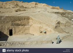 Valleys of the Nobles The Nile Valley and Luxor | Entrance to the tomb of Rechmire or Rekhmire Tombs of the Nobles ...