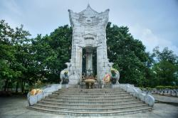 Truong Son Cemetery The Central Coast | Truong Son Cemetery – the resting place of 10,000 martyrs - News ...