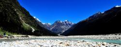 Waterfall View Yumthang Valley | Yumthang Valley Tour - Sisne Rover Trekking