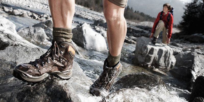 How to choose shoes for trekking