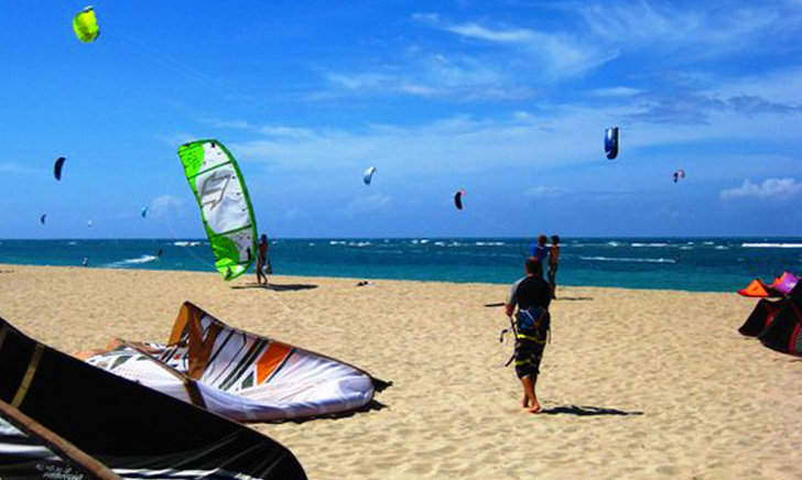 Kite Beach Cabarete Kitesurfing Lessons And Als Hooked View
